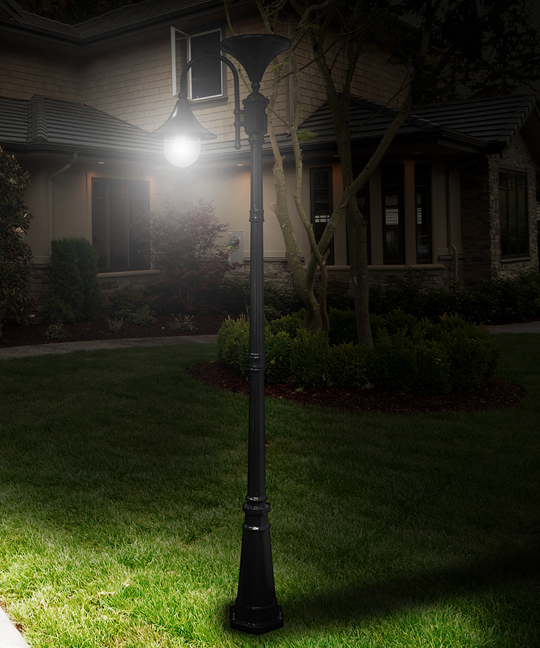 Porch Light Without Electricity: Everest Solar Power Lamp Post In Black Or Green