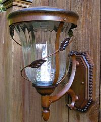 Flora Solar Lamp Wall Mounted